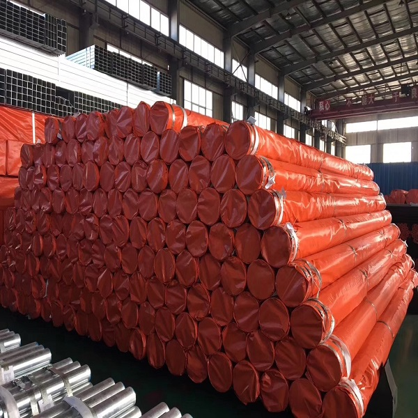 Seamless, welded and hot-dip galvanized pipe